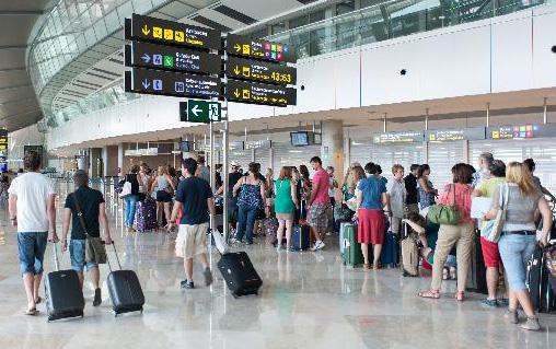 La fortaleza del Turismo emisor origina un aumento en la venta de seguros de viaje