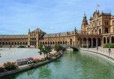 España sigue en la agenda de los mercados emisores