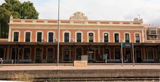 La Cámara de Comercio de Murcia refleja las oportunidades de la llegada del AVE