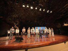 Imagen de los presentes en la presentación.
