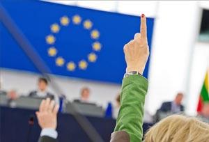 Europa da luz verde a un pasaporte de vacunación que llegará en verano