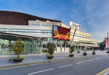 Euskalduna presenta una mejor accesibilidad