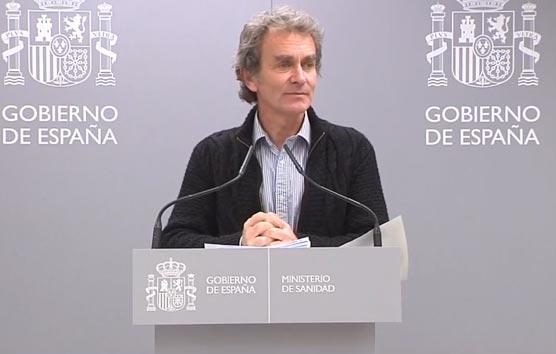 Fernando Simón: 'España no se plantea suspender ningún evento por ahora'
