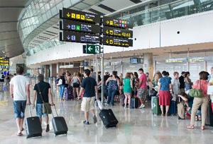 La contribución de la actividad turística al PIB español rozará el 12%