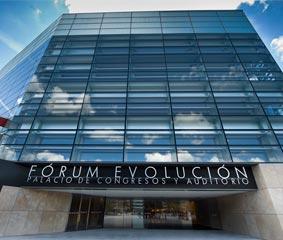 Burgos acoge un congreso de medicina interna con más de 2.300 congresistas