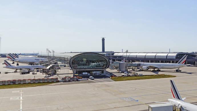 Agencias francesas claman contra la tasa a la aviación