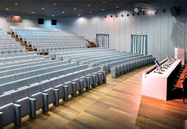 Galicia permite los congresos al 75% del aforo de la sala