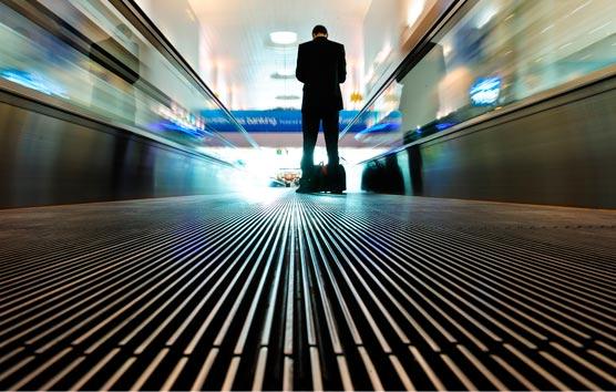 Una amplia mayoría de las empresas cuenta con una política de gastos de viaje