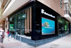 Barceló no se pronuncia sobre el posible cierre de agencias tras la fusión