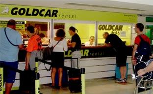 Goldcar mejora su información sobre los seguros