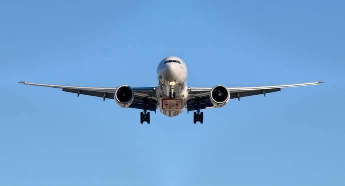 El tráfico aéreo internacional disminuye más de 14% durante el mes de febrero