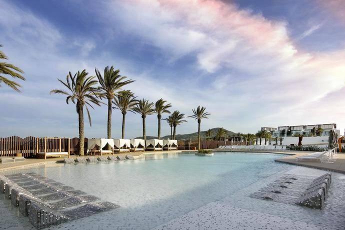 El hotel Hard Rock Tenerife estrena nuevos pavimentos
