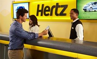 Hertz refuerza su presencia en los aeropuertos