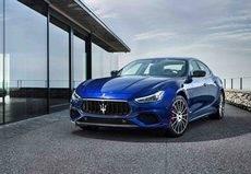 Hertz amplía su flota de vehículos 'premium' en Italia