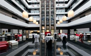 Hilton Madrid Airport cumple 10 años de actividad