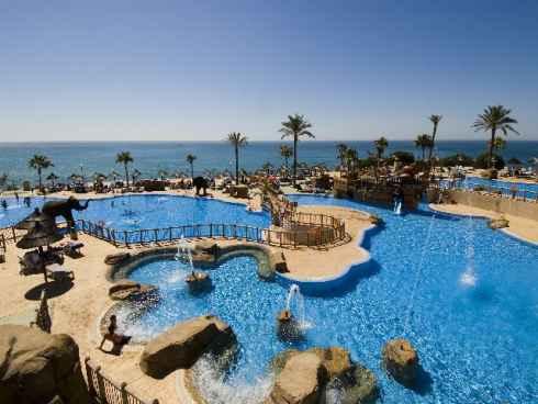 Premian a dos hoteles de Holiday World por su política sostenible