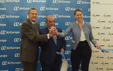 Inauguración del vuelo a Honduras.