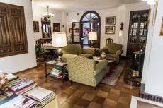 Interior del Hotel Palacio San Gabriel.