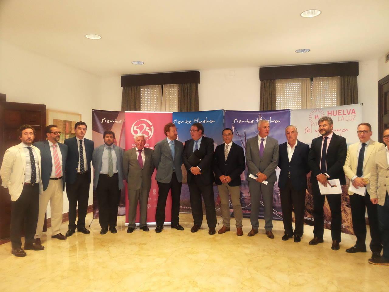 Empresarios de Huelva y CEHAT dabaten la coyuntura 'excepcional' del Sector