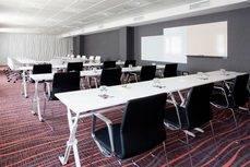 Los hoteles adaptarán sus instalaciones y servicios priorizando la seguridad de las personas.