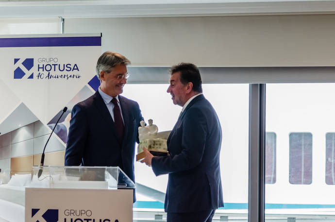 La Cámara Hispano-Portuguesa premia a López Seijas