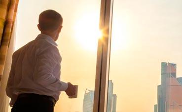 Las empresas pagan en hoteles un 14% más de lo negociado