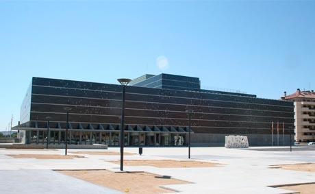 Huesca se queda sin su oficina de congresos
