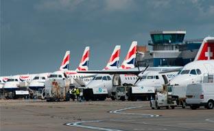 Las aerolíneas IAG introducirán Wi-Fi a bordo en corto radio