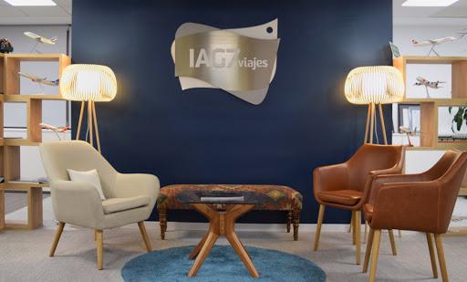 IAG7 Viajes llega a un acuerdo con Grupo Julià para integrar Central de Viajes