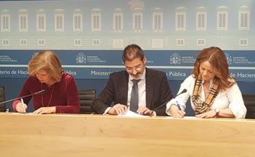 IALIA Viajes firma el contrato de gestión con la AGE