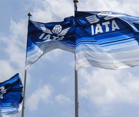 IATA: 'Necesitamos aprender a vivir y viajar con el virus'