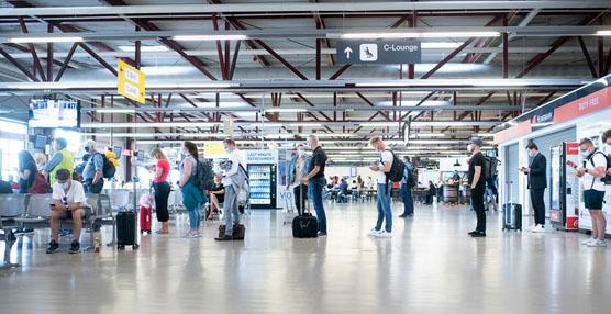 IATA pide al viajero que use mascarilla para garantizar la seguridad de los vuelos