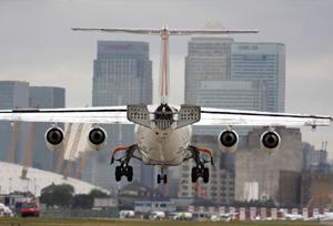 Las aerolíneas declaran la guerra a los pagos con tarjetas virtuales por su coste