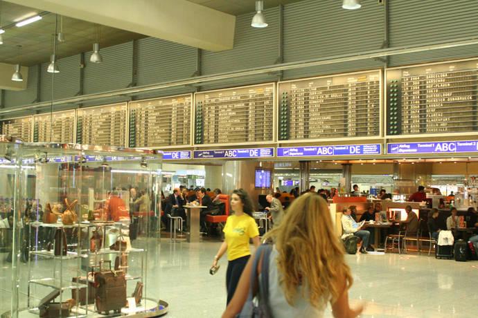 Bruselas refuerza la seguridad jurídica de los pasajeros a las puertas del verano