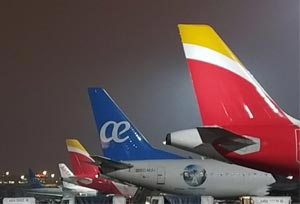 La investigación a Iberia-Air Europa deja en el aire el gran 'hub' de Madrid