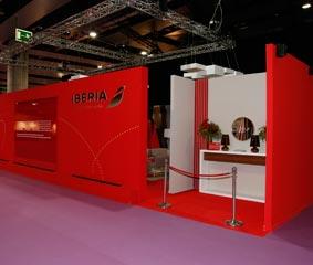 Iberia abre su sala Premium Lounge a los profesionales de la moda