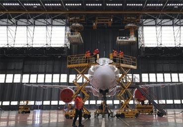 Iberia pone a punto sus aviones para este verano