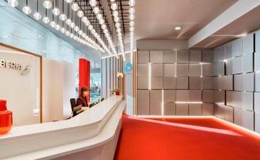 Iberia inaugura su nuevo espacio Premium en Madrid