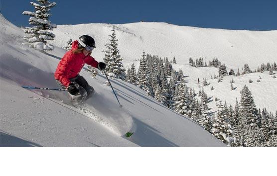 El ICTE elaborará los protocolos sanitarios para las estaciones de esquí