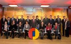 El director general de Ifema, Eduardo López-Puertas, con los representantes de los hoteles colaboradores.