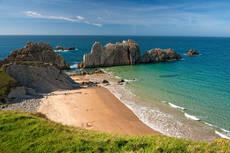Mirones pide responsabilidades en la gestión de playas, especialmente en Cantabria.