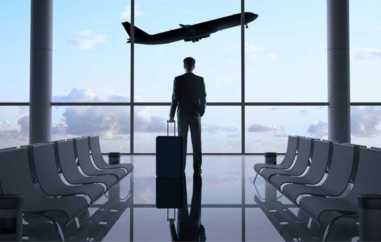 El avión es el principal gasto en los viajes de las empresas españolas