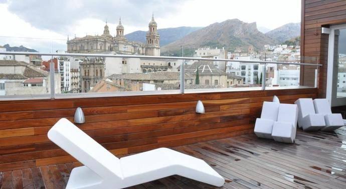 Hoteleros de Jaén exponen sus preocupaciones