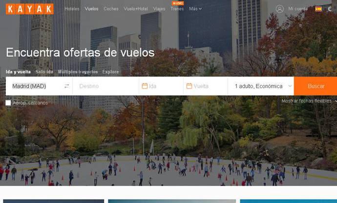 Ocho de cada diez españoles que reservan en Internet productos turísticos lo hacen en un ordenador