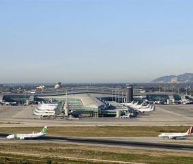 Las aerolíneas 'low cost' continúan en caída libre