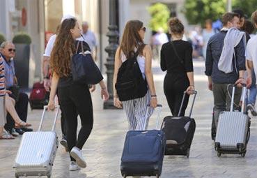 Las llegadas aéreas a España son casi nulas en abril