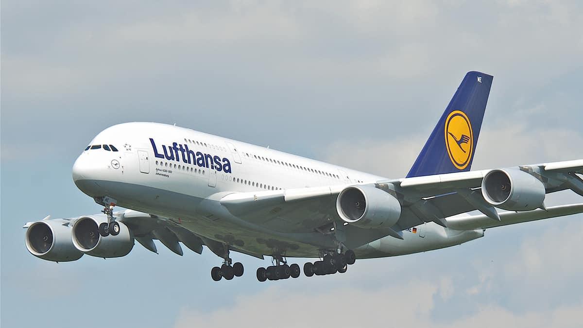 Lufthansa presenta su nueva Premium Economy Class en Bilbao