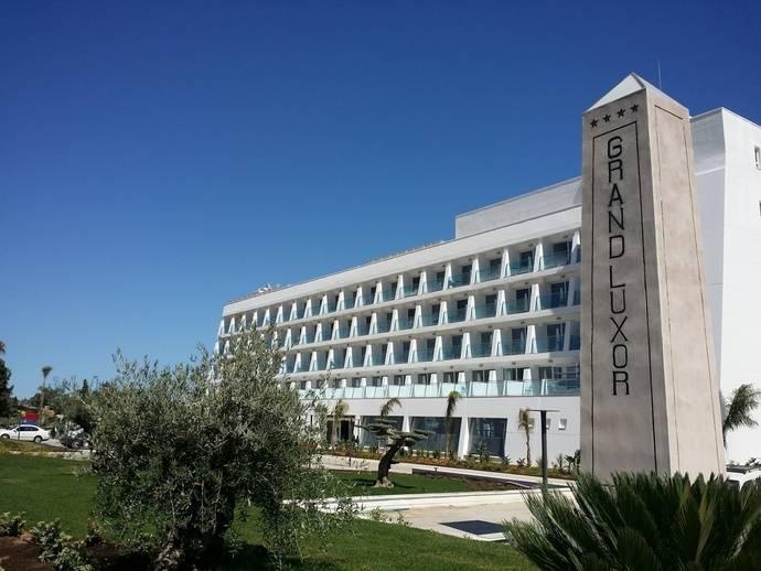 Abre sus puertas el Grand Luxor Hotel de Terra Mítica