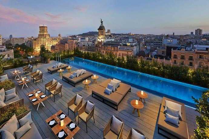 Nuevo mazazo para los hoteles en Cataluña