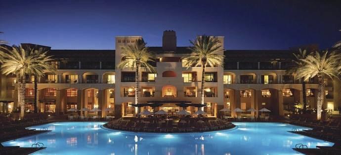 El resort Blue Palace de Creta presenta sus nuevas suites